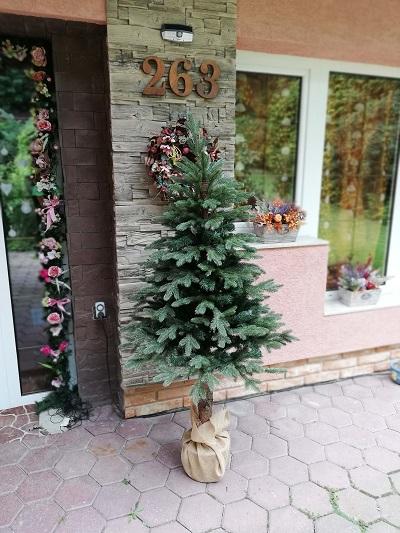 36a56c1b264f7 Umelé vianočné stromčeky 3d. Moderné biele umelé vianočné stromčeky ...